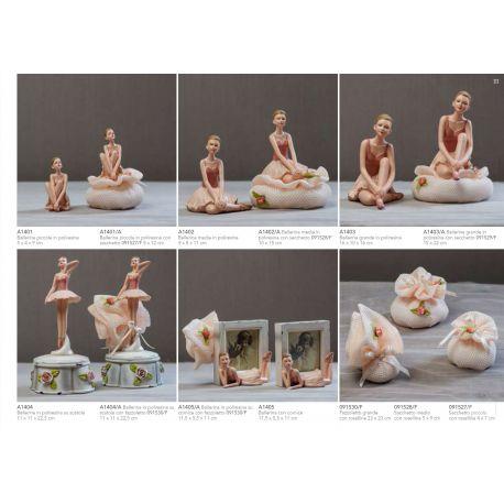 ballerina media in poliresina con sacchetto di retina e fiorellini (A1402-A)