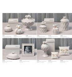 Alzatina con coperchio in ceramica bianca con scatola (A2306)