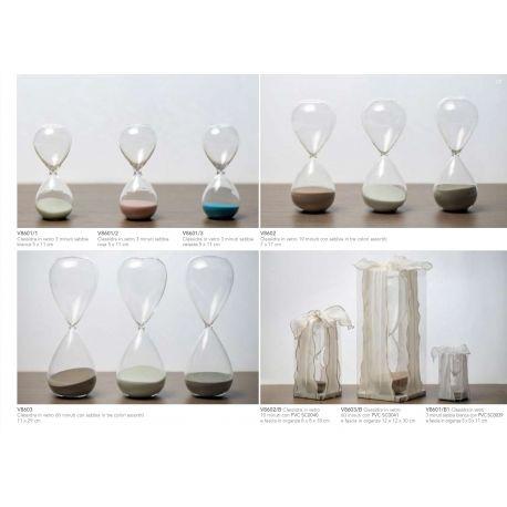 Clessidra piccola in vetro con sabbia colorata con scatolina in PVC e fascia in organza linea Tempo (V8601-B)
