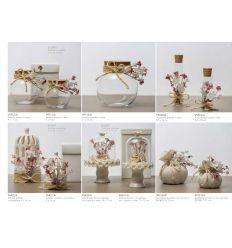 Vasetto tondo panciuto medio con tappo di sughero decorato con cordoncino e fiorellini linea Pepe Rosa (V9712-A)